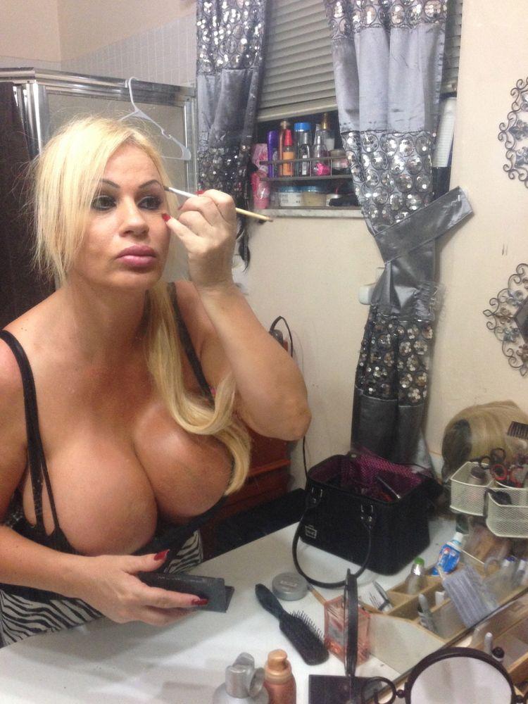 Naked Women Videos Shoing Thear Boob 118