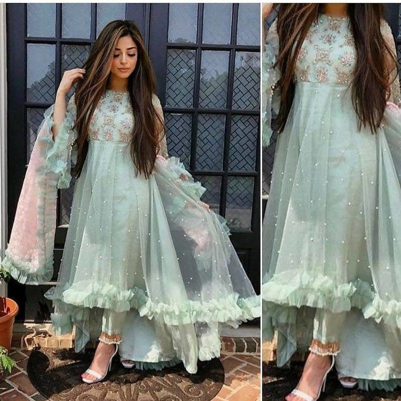 20 Best Indian Bridesmaids Outfits Ideas 2020 Indian Bridesmaid Wedding Guest Outfit Inspirations In 2020 Indian Bridesmaid Dresses Indian Bridesmaids Latest Fashion Dresses