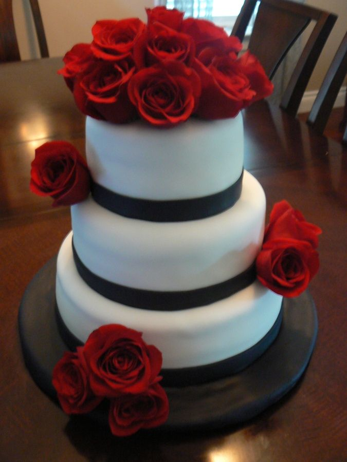 Red White and Black Wedding Cakes | White and Black cake with Red ...