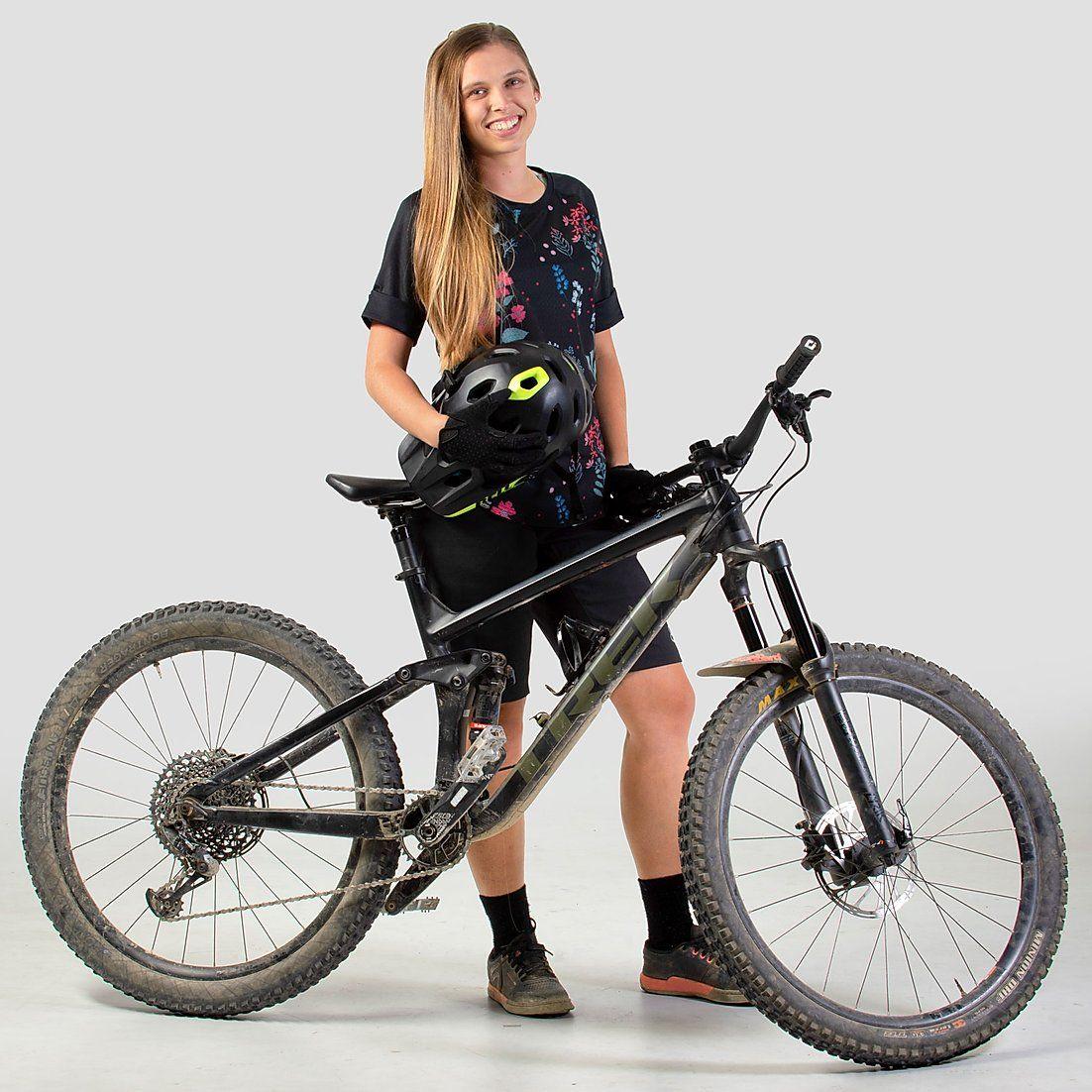 Raglan Shorty Sleeve Floral R Mountain Bike Jersey Women S Floral Enduro Mtb Shirt In 2020 Outdoor Apparel Outdoor Shirt Bike Jersey