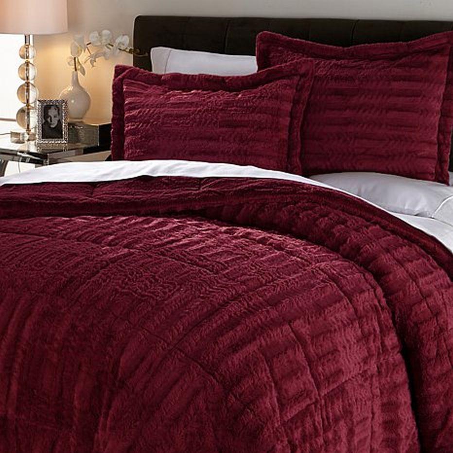 Concierge Collection Long Faux Fur Comforter Set WINE