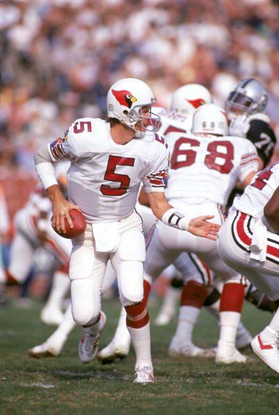 a80e20d2 Quarterback Gary Hogeboom of the Phoenix Cardinals .. | Quarterbacks ...