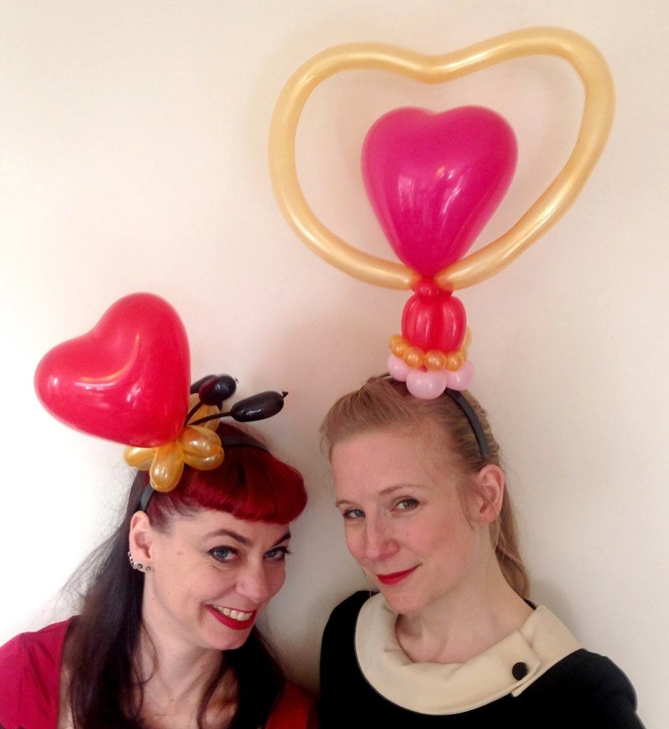 The Inflate-a-Belles - Balloon Modellers