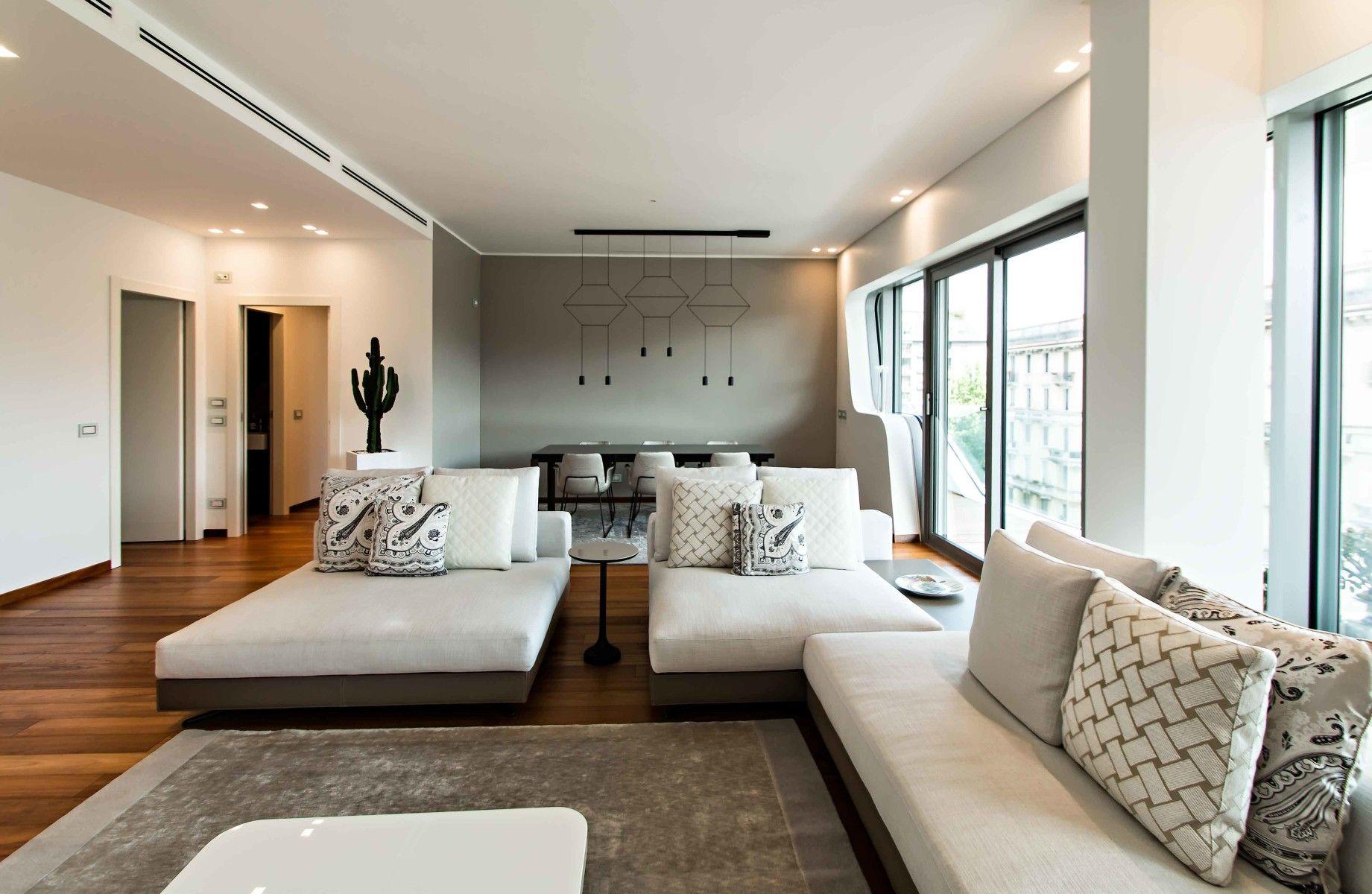 Abitazioe privat citylife zahahadid milano by for Interior lighting residential