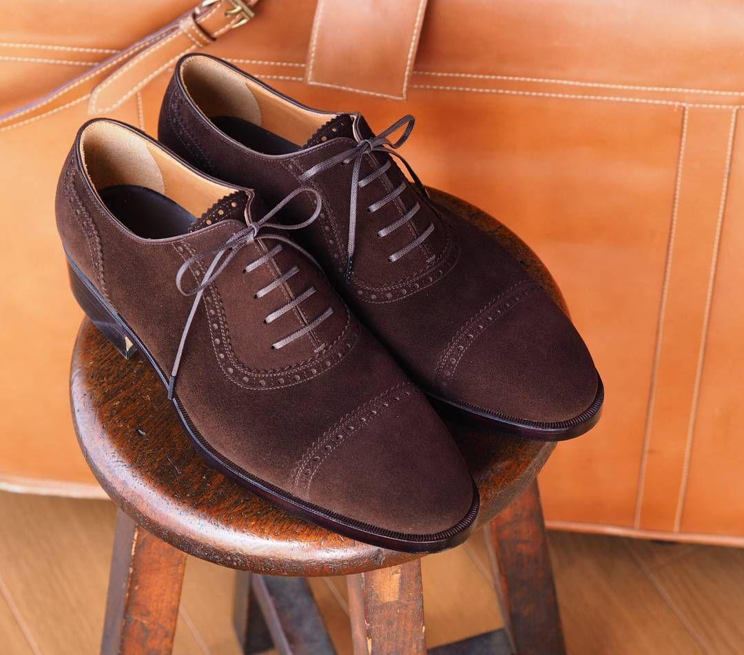 いいね!319件、コメント5件 ― aestas(アエスタス)さん(@aestas)のInstagramアカウント: 「Brown suede shoes  #aestas #bespoke #order #handmade #shoemaker #shoemaking #ordermade #shoes…」
