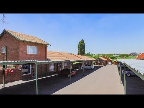3 Bedroom Townhouse For Sale In Gauteng East Rand Kempton Park Edl Kempton Park Townhouse Home Buying