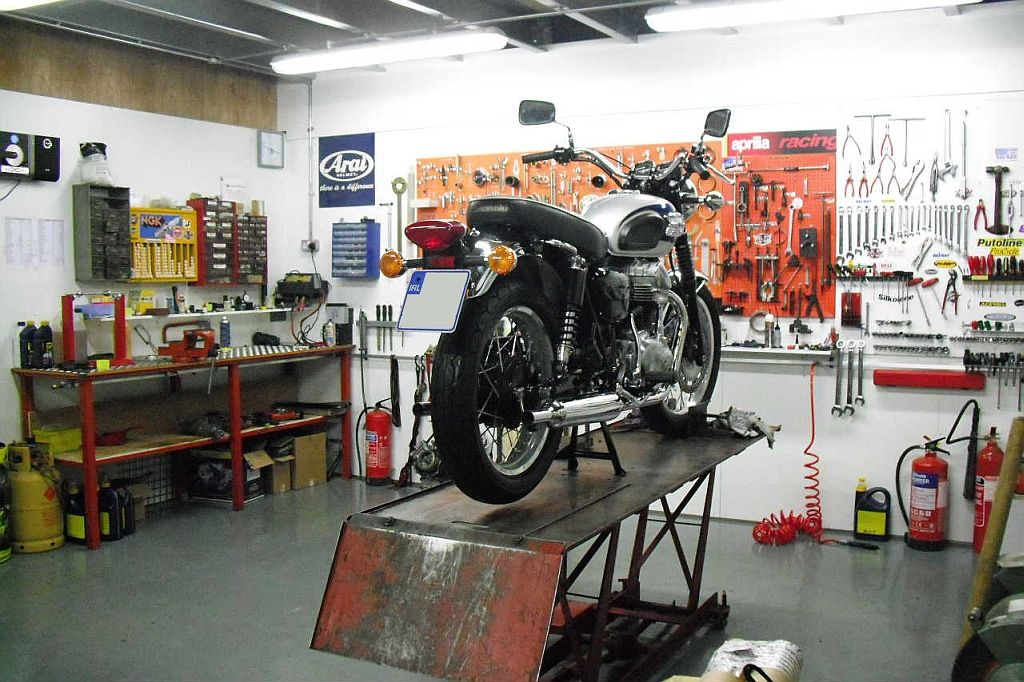 Motorcycle workshop logo pesquisa google garage pinterest motorcycle workshop logo pesquisa google sciox Images
