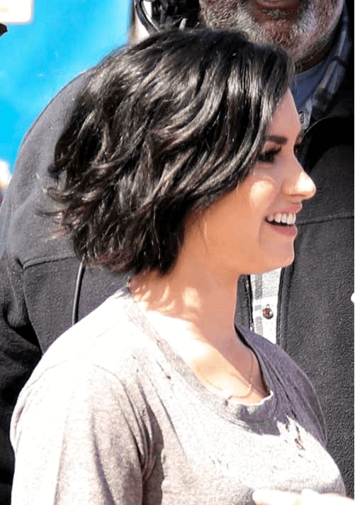 Kurz Mittellange Bob Frisuren Welliges Haar Short Haircut