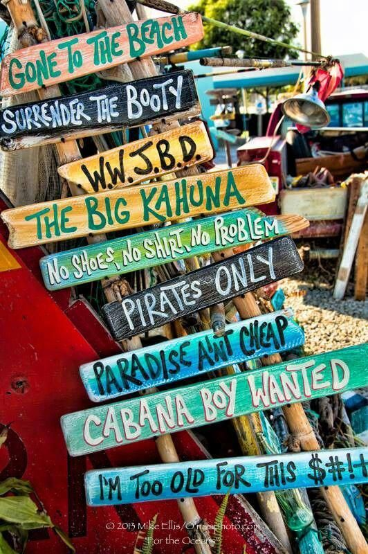 Beachsignstropical In 2020 Beach Signs Beach House Decor