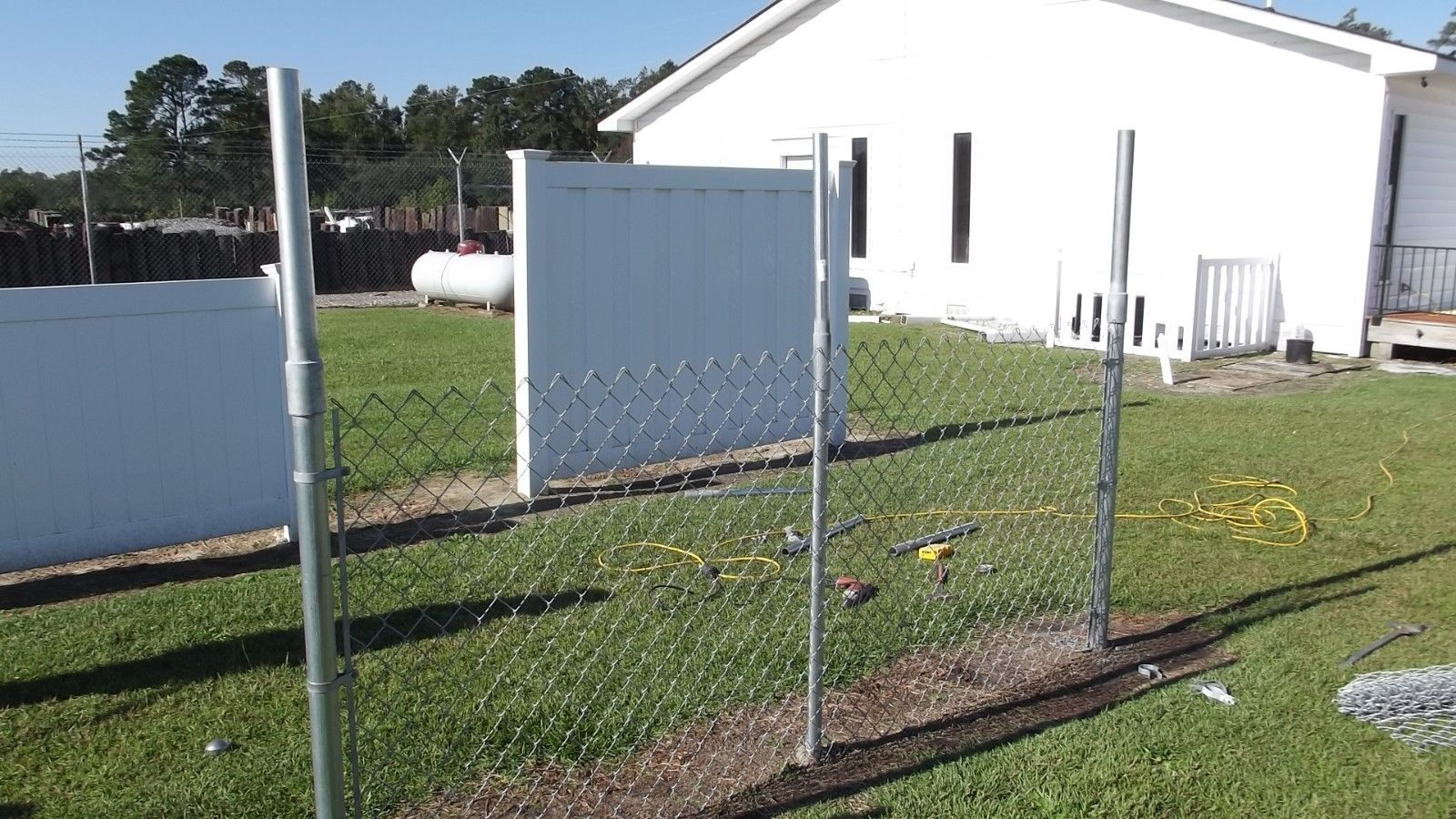 Details About Extend A Fence Chain Link Raise Fence Up To 2 Line Post Kit 1 5 8 Add Height Chain Link Fence Fence Height Extension Fence