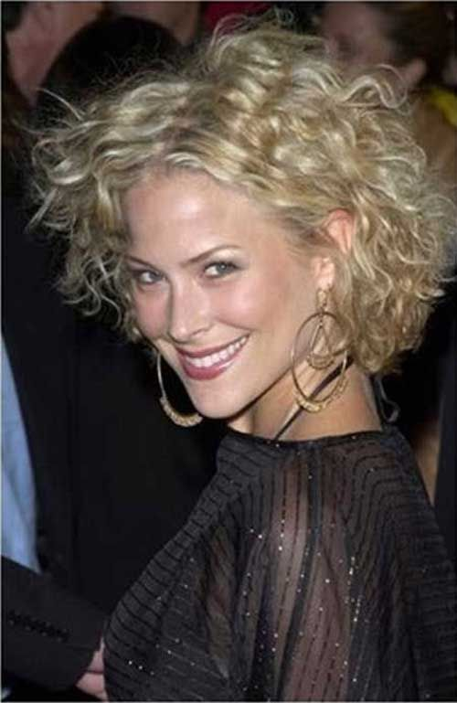 25 Short Curly Hairstyles 2015   2016   http://www.short ...