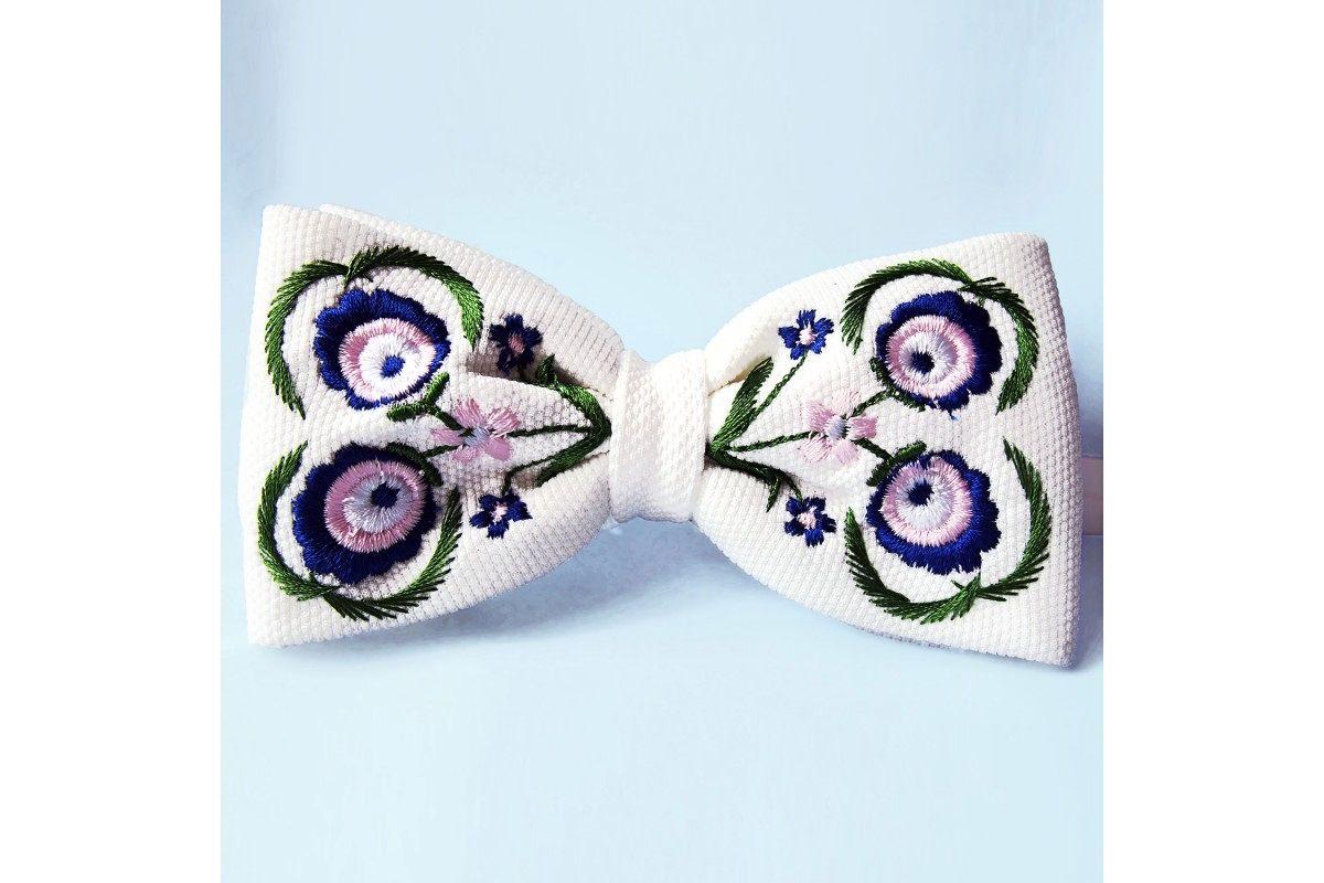 7caab44a717161 Mucha folk biała haft góralski niebieski | For Him | Fashion