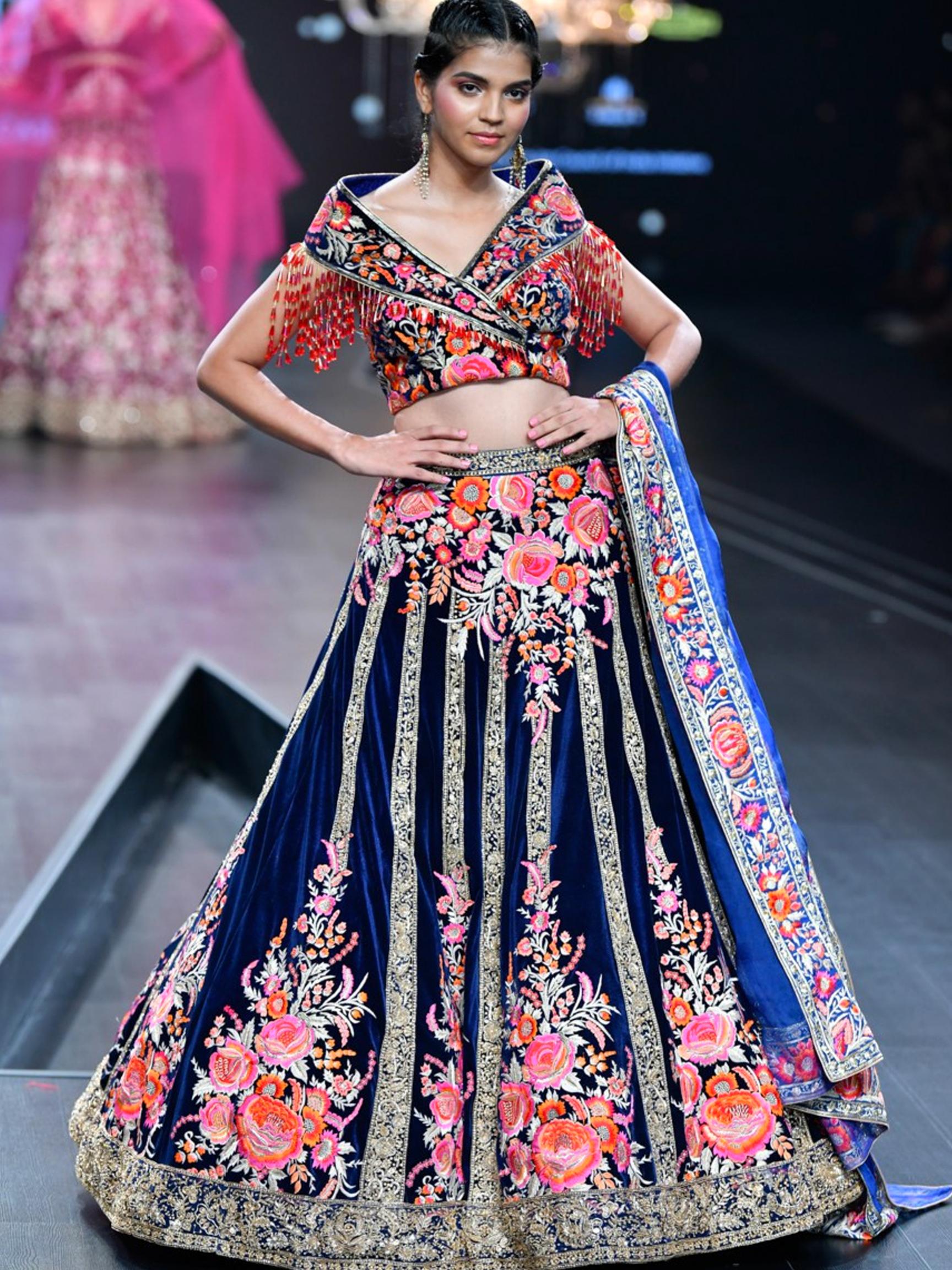 Lotus Make Up India Fashion Week Spring Summer 2020 Suneet Varma India Fashion India Fashion Week Indian Fashion Trends