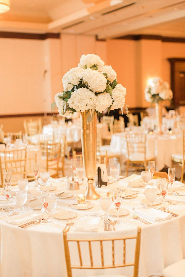 Iowa Wedding Iowa Venue Blush White Pink Bridesmaids Dresses Downtown Des Moines Planned By Mostl Wedding Crashers Wedding Food Tiered Wedding Cake