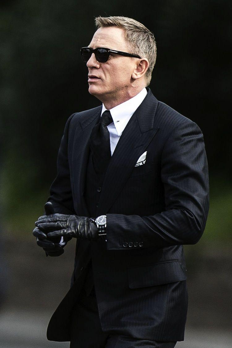 James bond leather driving gloves - Lustful Desires Hazeleyes2012 Daniel In Leather Gloves James Bond