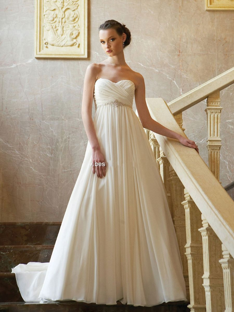 Strapless chiffon gown with a sweetheart neckline and an empire