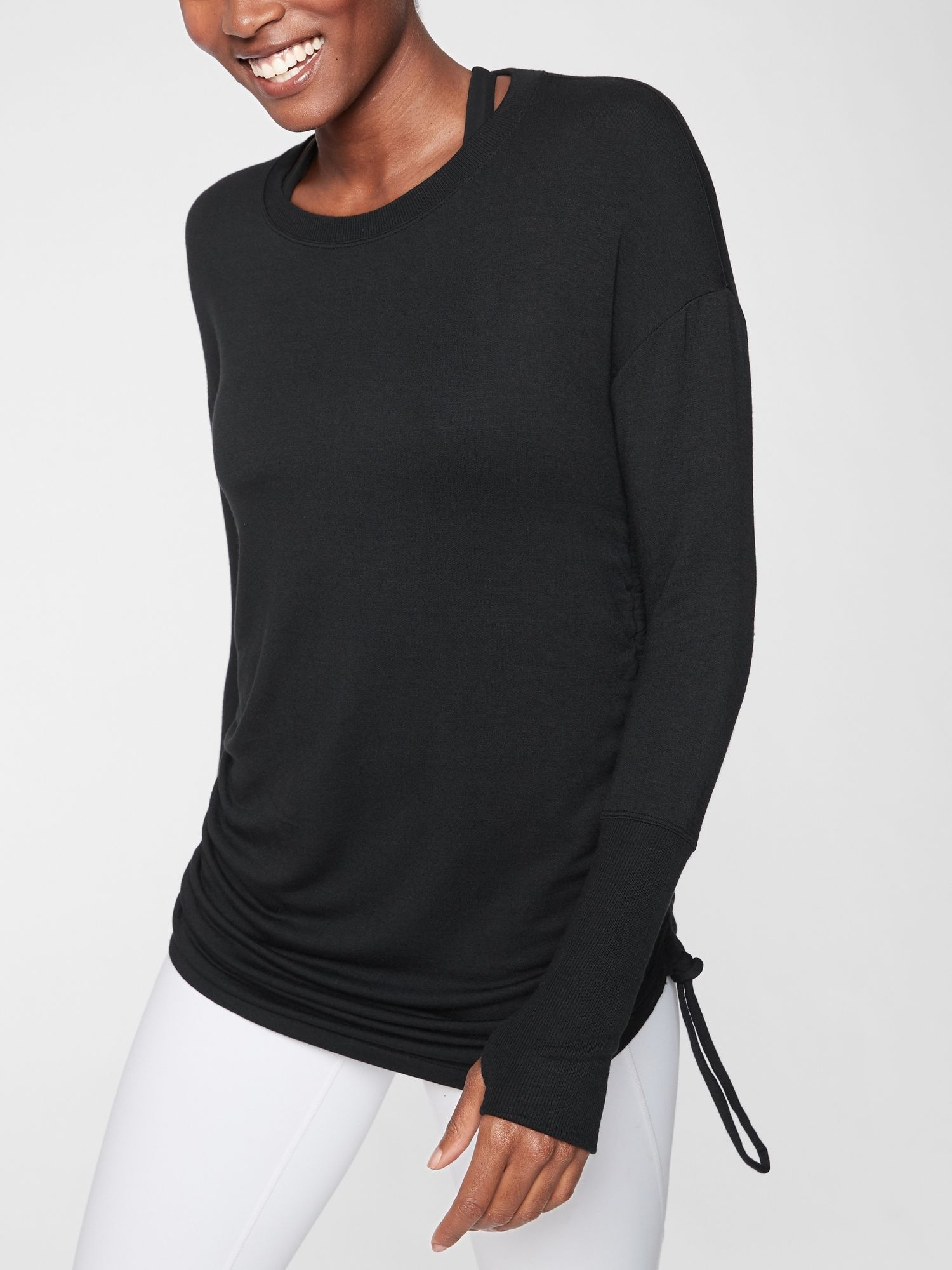 Drishti Ruched Sweatshirt Athleta Size Small But I Tried One On Similar And Xs Was Better So If Looks Baggie G Sweatshirt Tops Clothes For Women Sweatshirts [ 2000 x 1500 Pixel ]