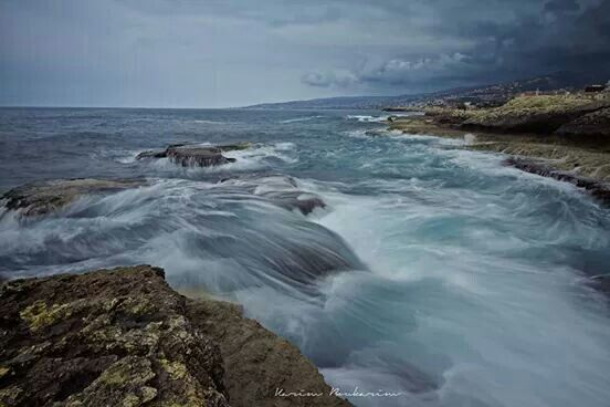 Oil painted sea ( longexposure)