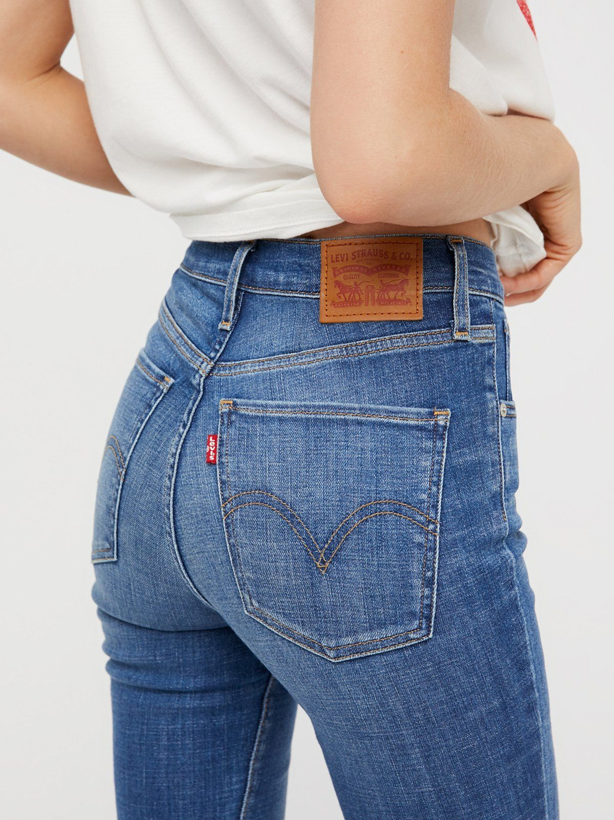 Levi S Mile High Super Skinny Fitting Slim Through The Hips And Thighs These Skinnes Are The Perfect Super Skinny Jeans Levis High Waisted Jeans Super Skinny