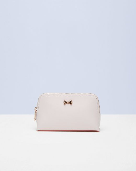 09bee743becbd8 Bow leather small wash bag - Baby Pink