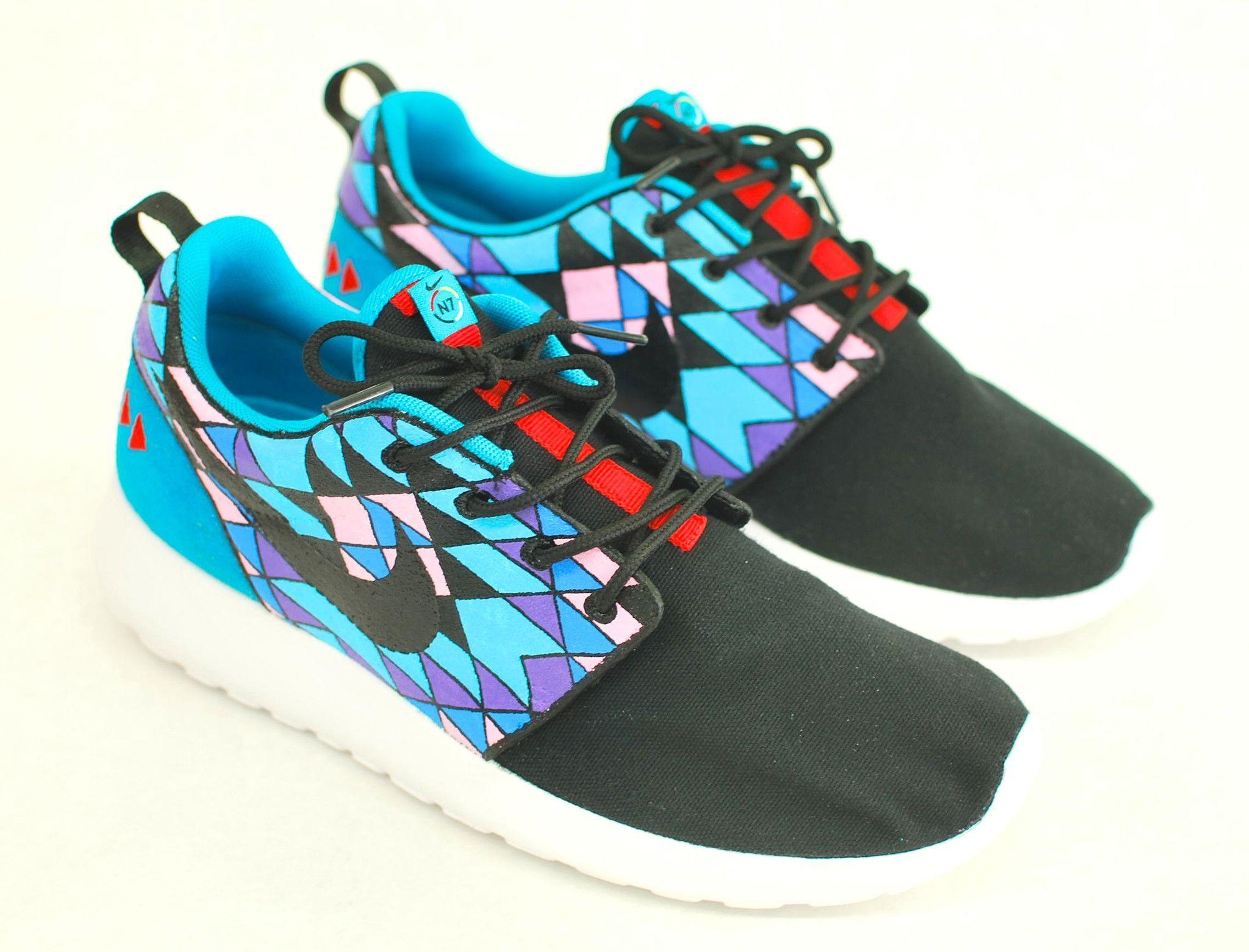 These custom hand-painted Nike Roshe