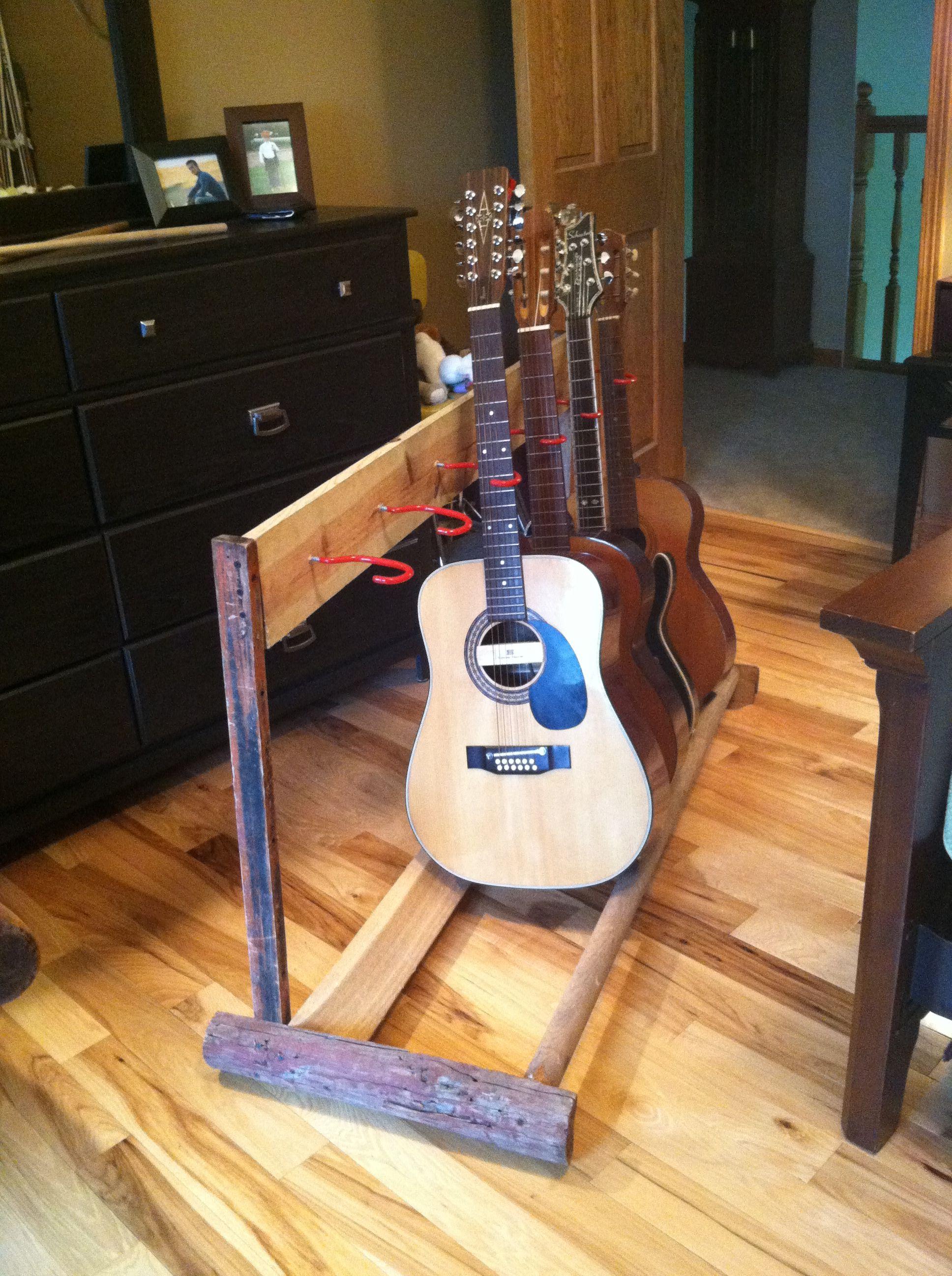 diy guitar stand oldbarnwood diy and good ideas in 2019 diy guitar stand guitar display. Black Bedroom Furniture Sets. Home Design Ideas