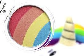 Resultado de imagen de iluminador prismatic rainbow glow 10 essence