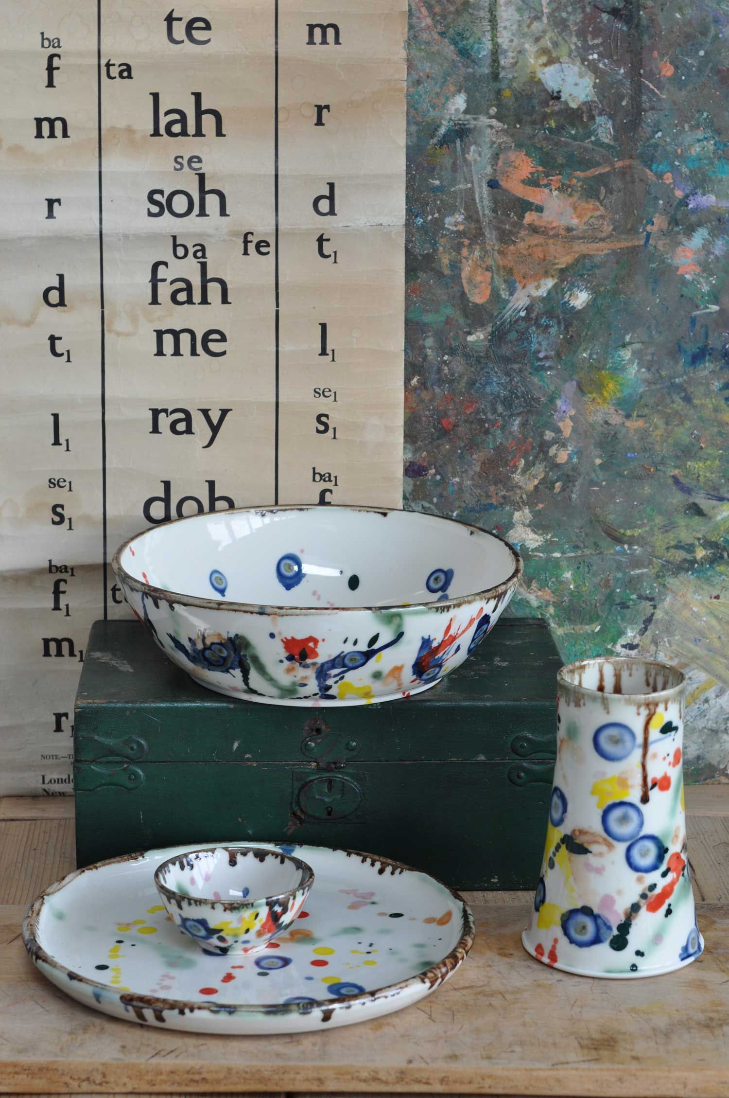 Porcelain Ceramic Pottery Collection By Mia Sarosi Porcelain Ceramics Ceramic Pottery Ceramics