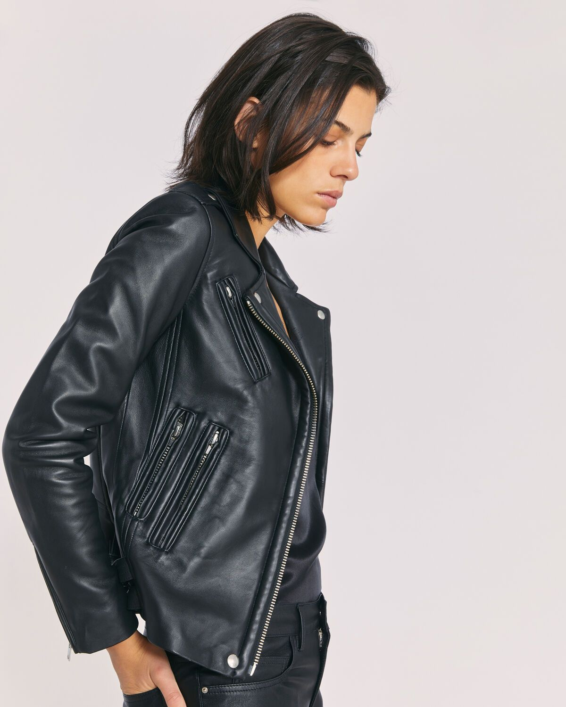Iro Fall Winter 2020 Collection Han Leather Jacket Schwarz [ 1500 x 1200 Pixel ]