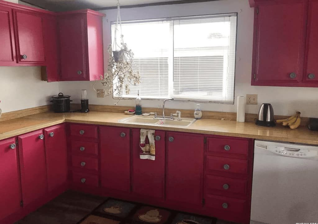 30 Beautiful Mobile Home Kitchen Cabinet Colors in 2020 ...