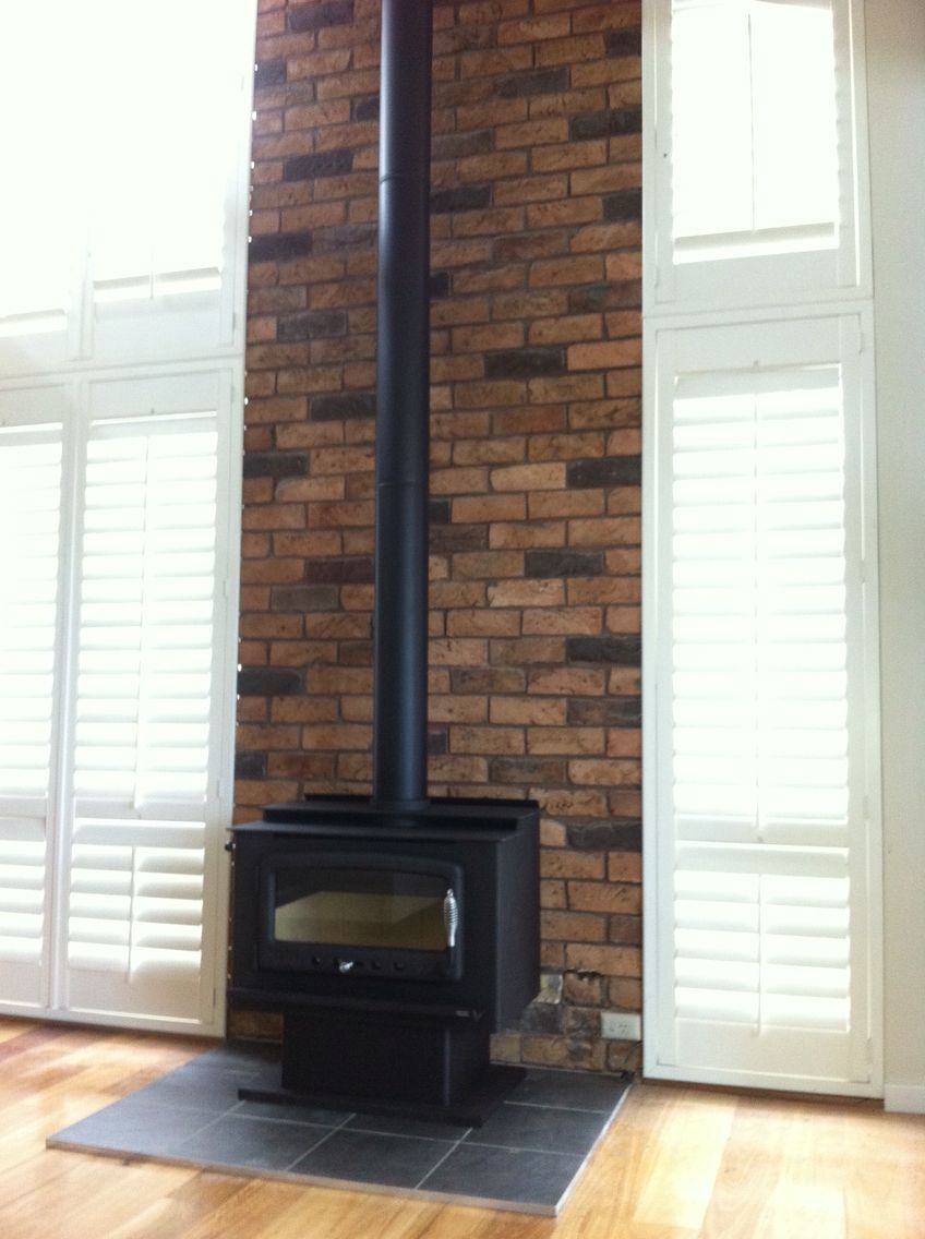 Five Star Fireplaces installed this Nectre MkII on legs.