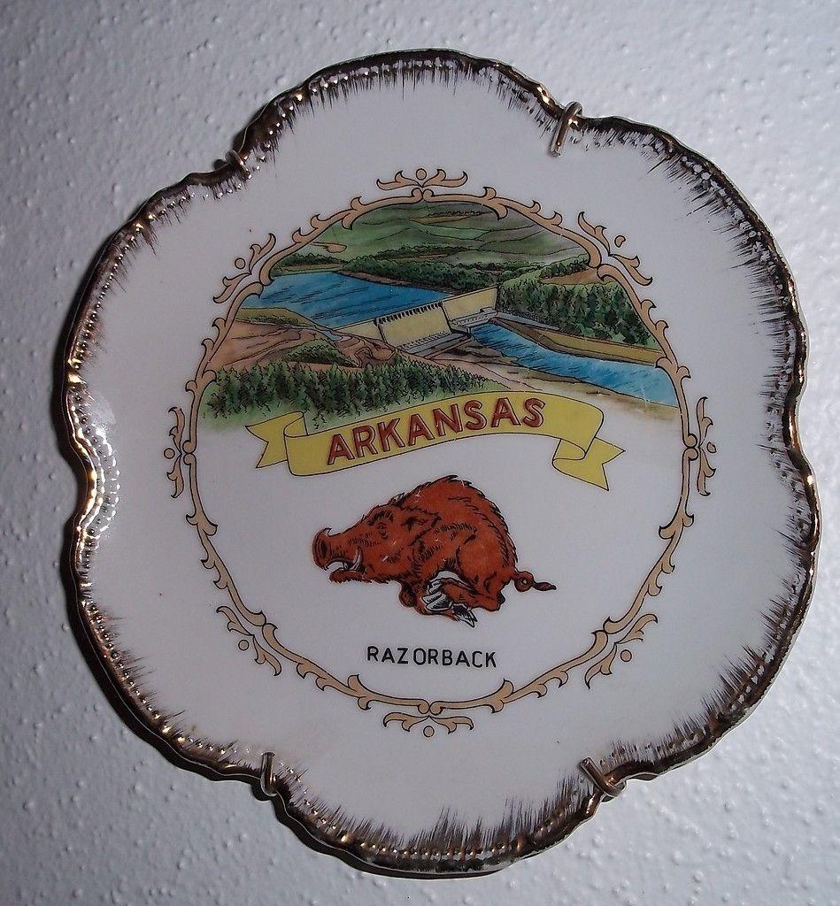 Arkansas Razorbacks Ncaa Football Field Runner Man Cave: Arkansas Razorback Vintage Plate