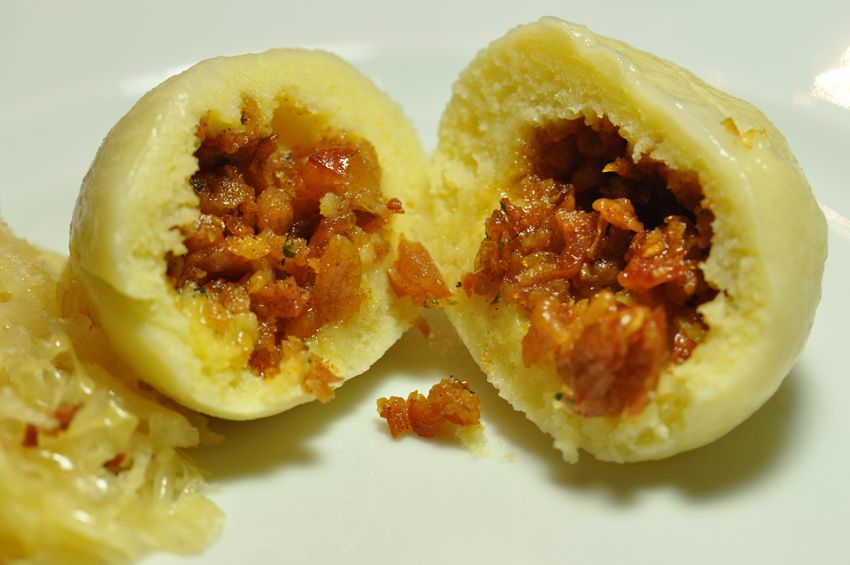 Die Küchenschabe: Dumplings - stuffed with fried fat pork