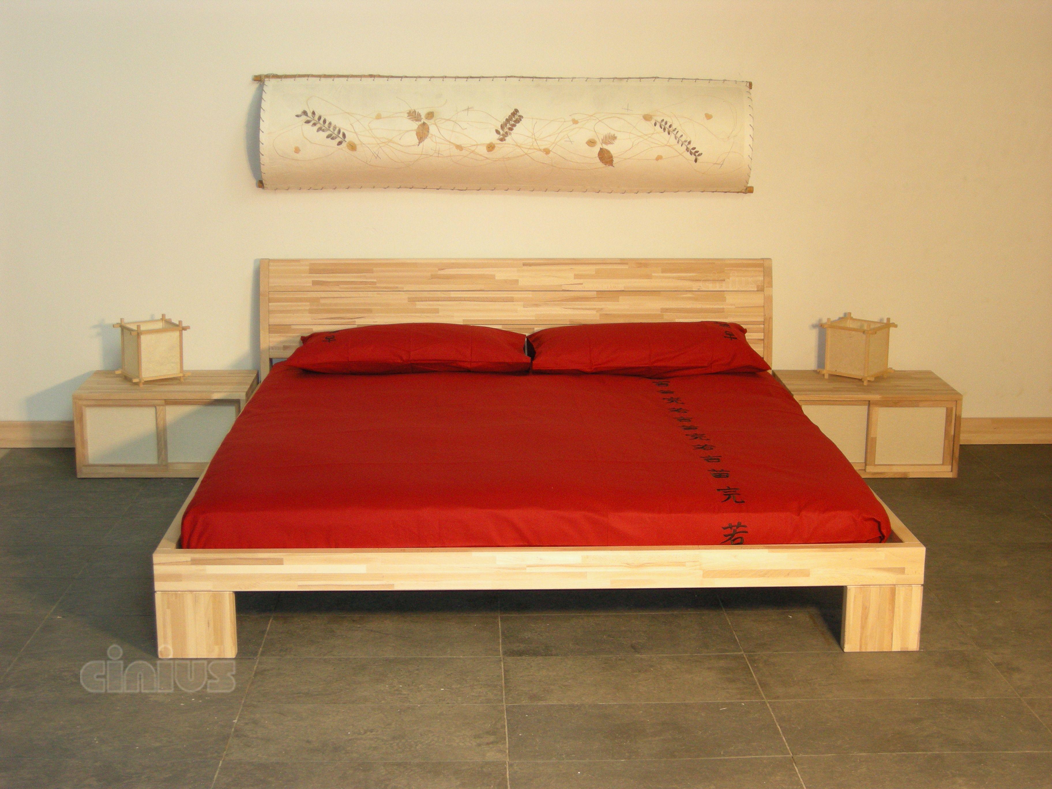 Strutture Letto In Legno Massello : Letto aurora semplice ed elegante in legno massello di faggio