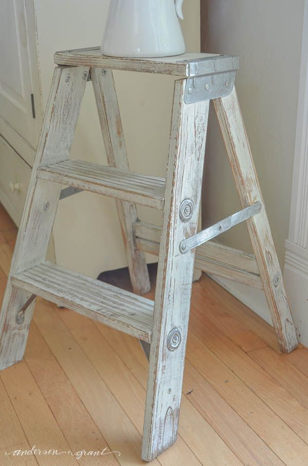 How To Achieve A Really Distressed Paint Finish On Furniture Wooden Ladder Decor Painting Furniture Diy Ladder Decor