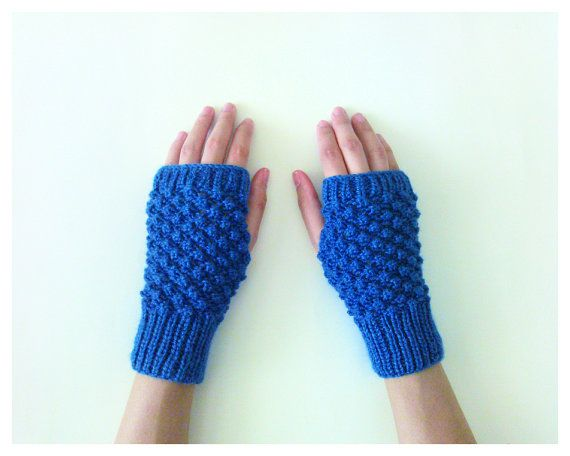 Hand Knit Fingerless Gloves in Blue Trinity by naryaboutique
