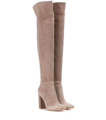 How to Style Over Knee Boots for Autumn Winter