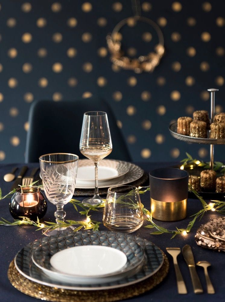 Assiettes Christmas Preparation Decor Christmas Table Settings
