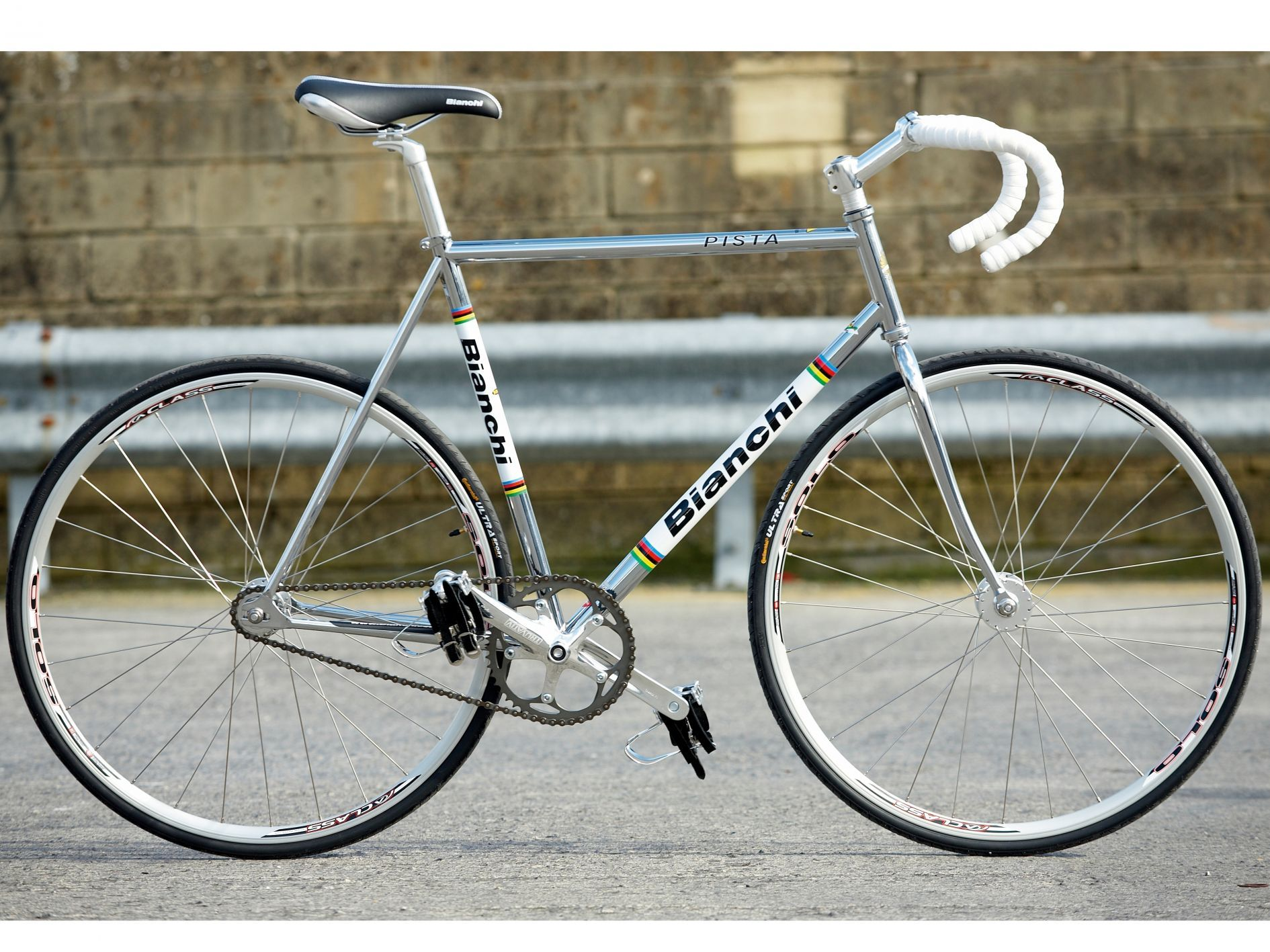 Bianchi Pista review | Single speed road bike, Bicycle