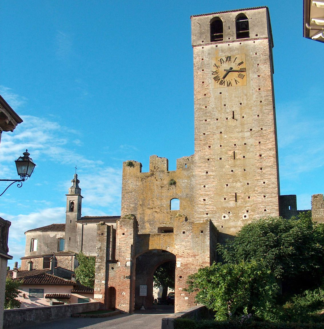 Castellaro Lagusello, Liguria, Italy