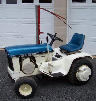 Old Lawn Tractor   Google Search. Lawn TractorsJohn Deere ...