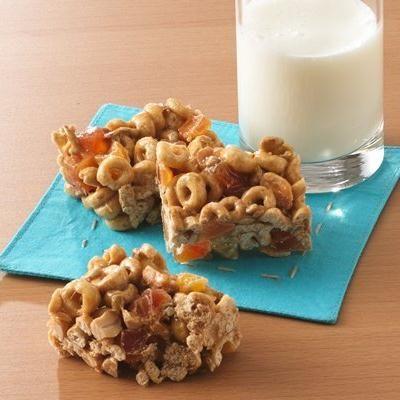 Barras de Fruta con Honey Nut Cheerios®
