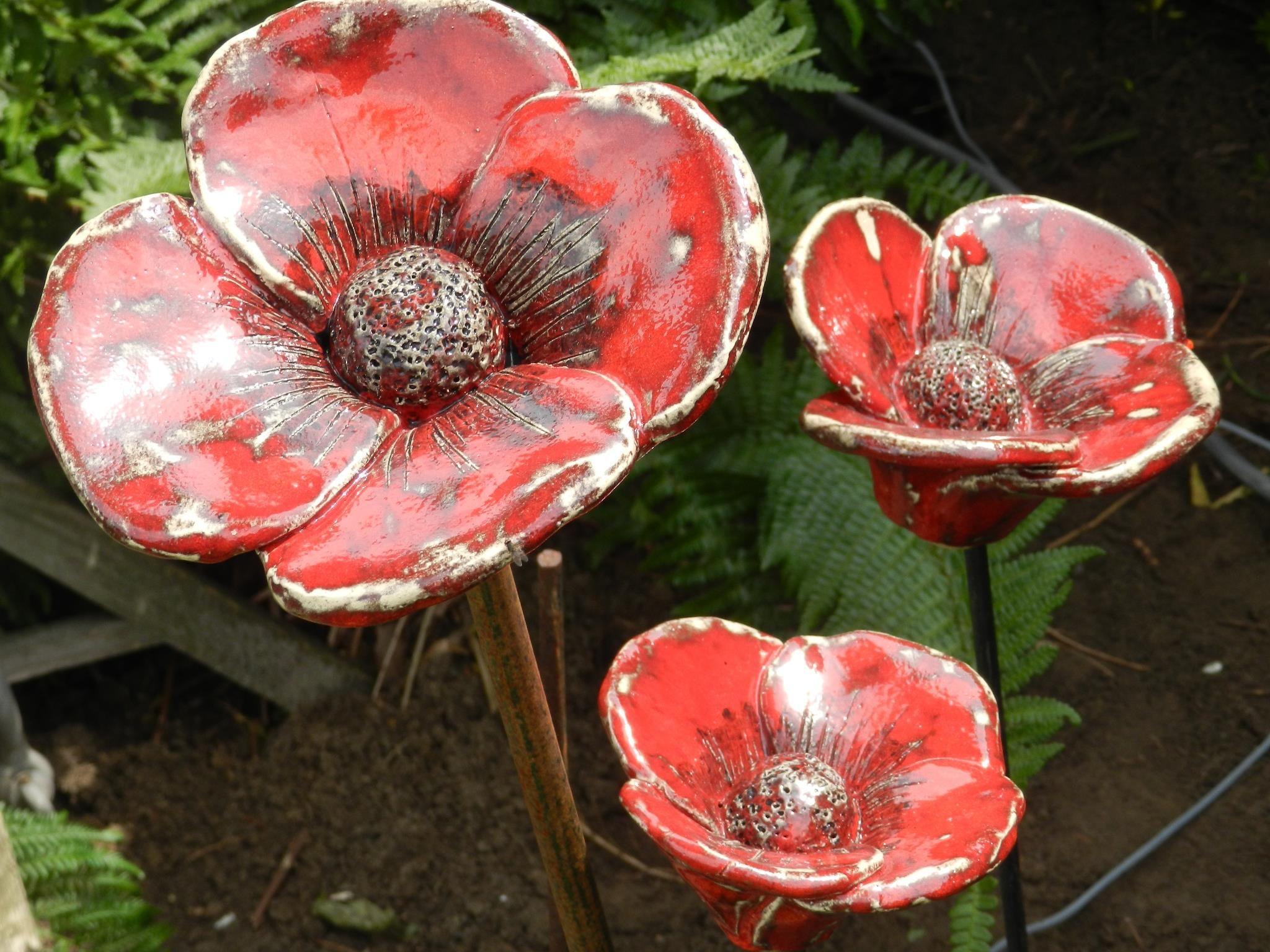 Poppy flower stake garden art poppy strong metal yard art flower - Red Poppies In The Garden Ceramic Flowersgarden Artred