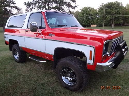 Red And White K5 Blazer Chevy Blazer K5 Classic Chevy Trucks