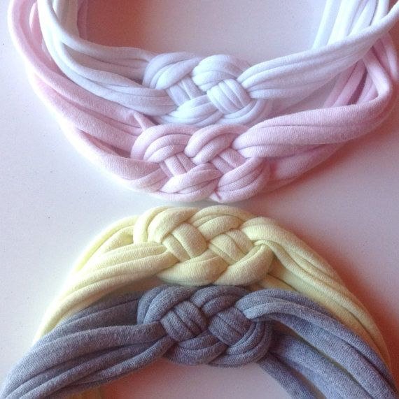 Comfy girls / womens headband in upcycled t-shirt yarn on Etsy, 5,02 €