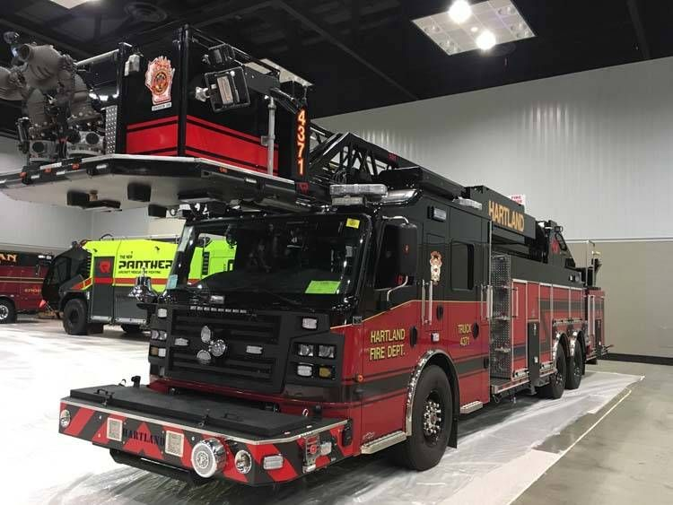 Fdic international 2017 fire apparatus on the show floor for Pfds 33 a1