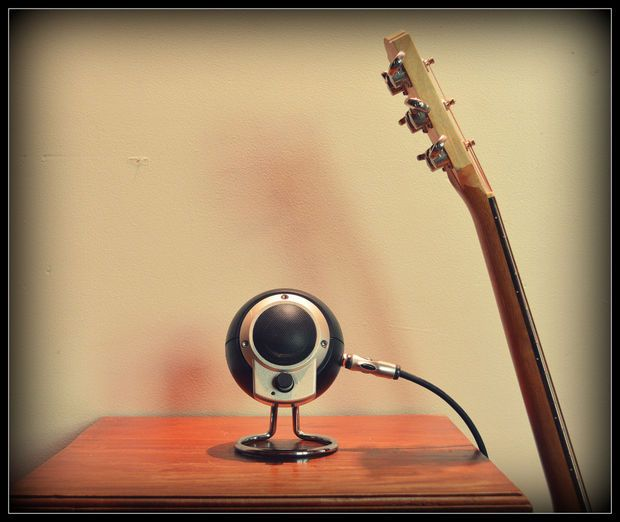 Hack a PC Speaker Into a Guitar Amp | Pc speakers, Diy guitar amp, Guitar  amp