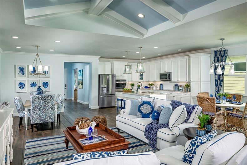 Latitude Margaritaville In Daytona Beach Announces New Floor Plans In 2020 With Images Beach