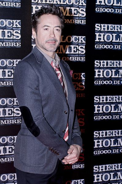Robert Downey Jr. Photos Photos: Guy Ritchie and Others at the Sherlock Holmes Premiere