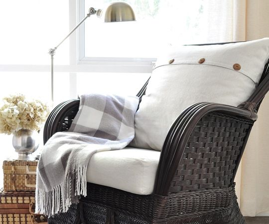 pillow inspiration for the bed. maybe with a little lace trim